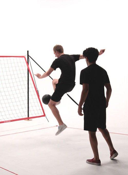 Futchi - Fotbollsspel Rebounder